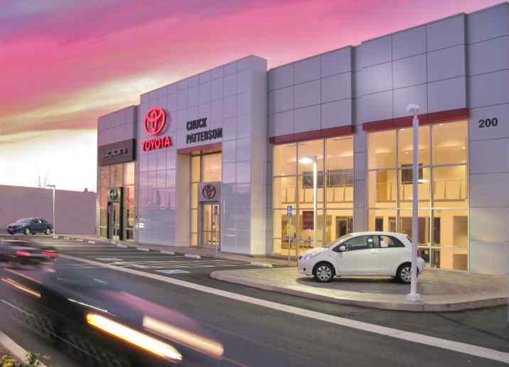 Patterson Toyota - Exterior 1